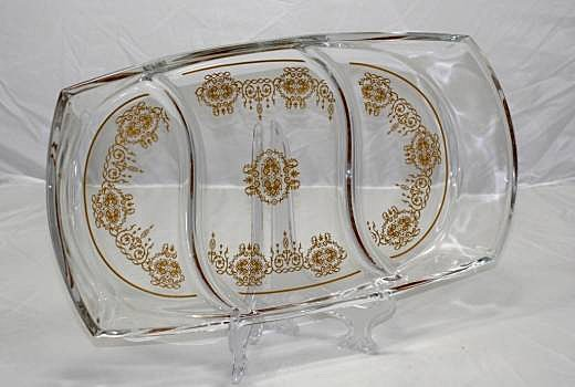 FINE ITALIAN CRYSTAL SECTIONAL PLATE