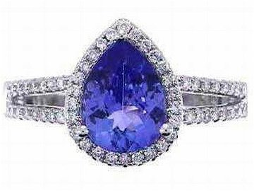 14KW TANZANITE & DIAMOND RING