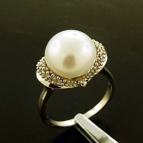 12MM WHITE PEARL AND DIAMOND STERLING RING