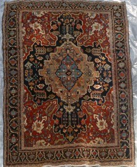 "17: Fine Heriz Antique Carpet 10'11"" x 13'8"""