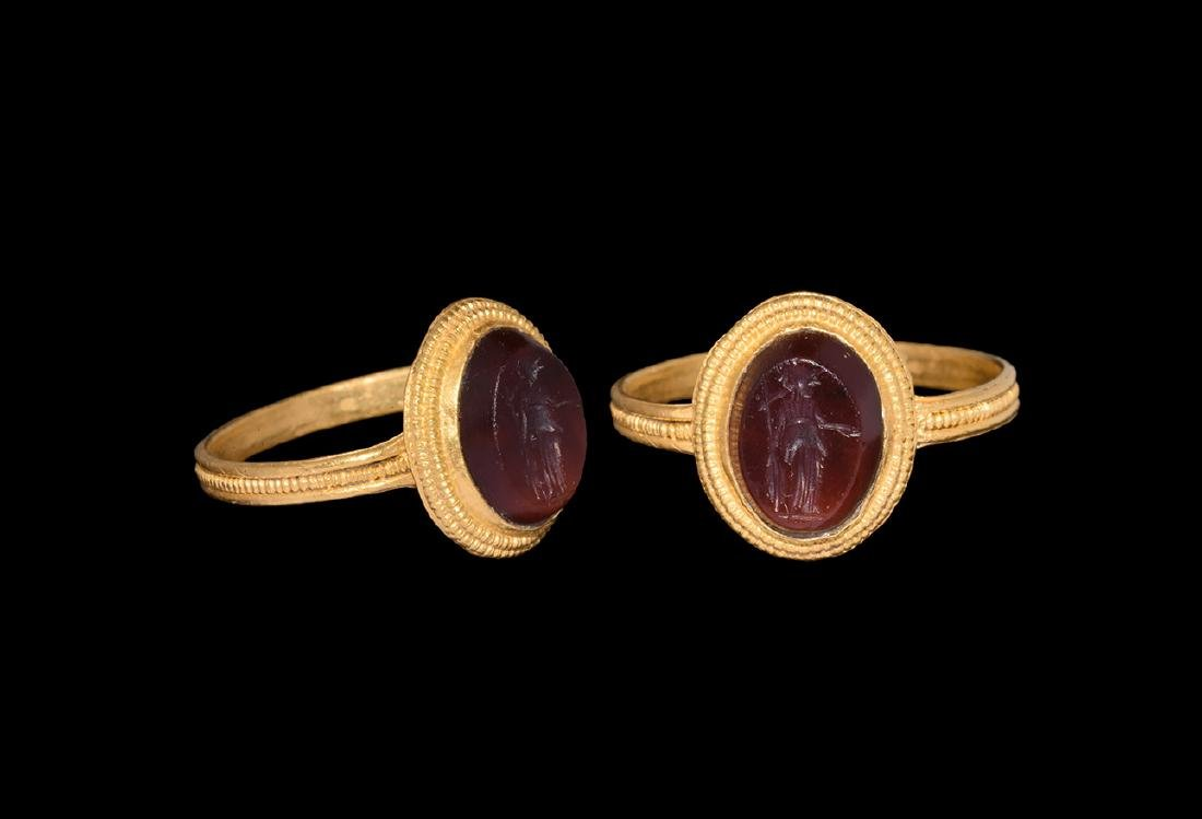 Roman Minerva Intaglio in Gold Ring