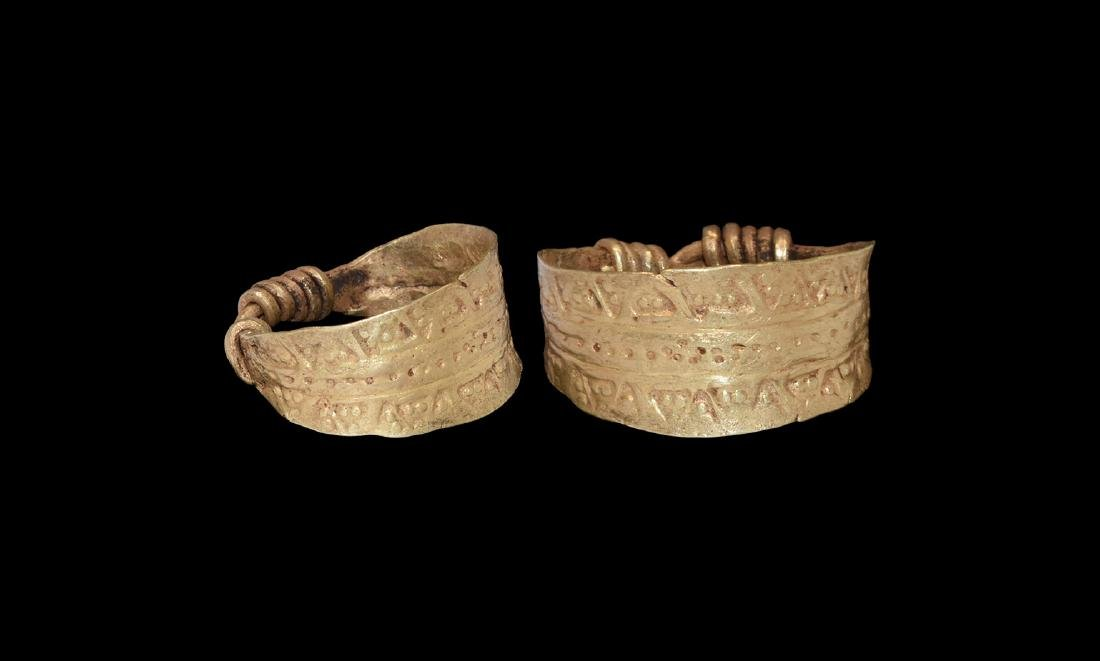 Viking Gold Ring with Wolf's Tooth Stamps