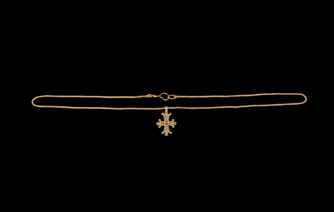 Post Medieval Gold Necklace with Cross