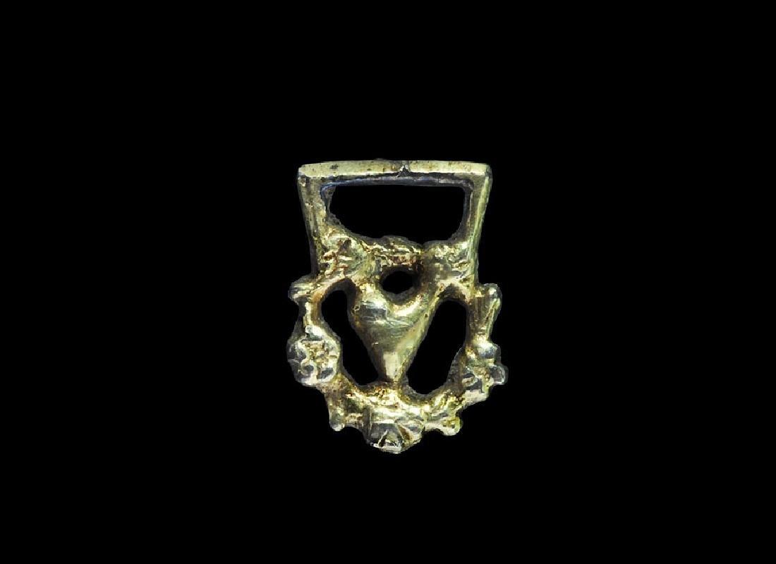 Post Medieval Tudor Gilt Clothes Fastener