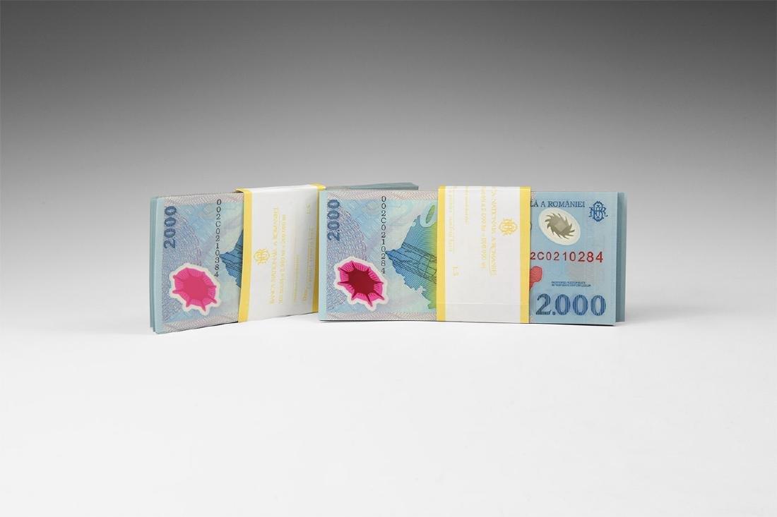 Romania - 1999 - 2000 Lei Banknotes [200]