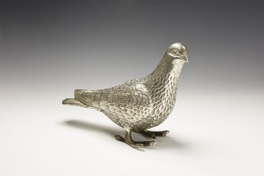 Chinese Standing Pigeon.