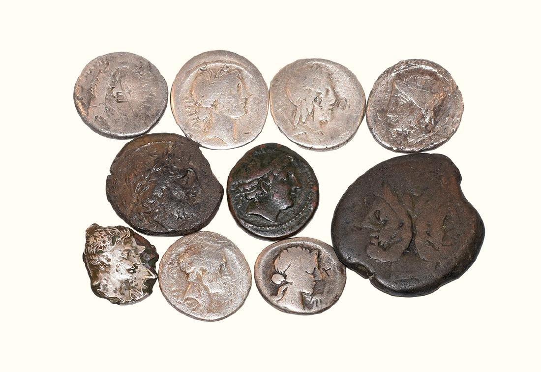 Roman Republican Coins - Denarii and Bronzes [10]