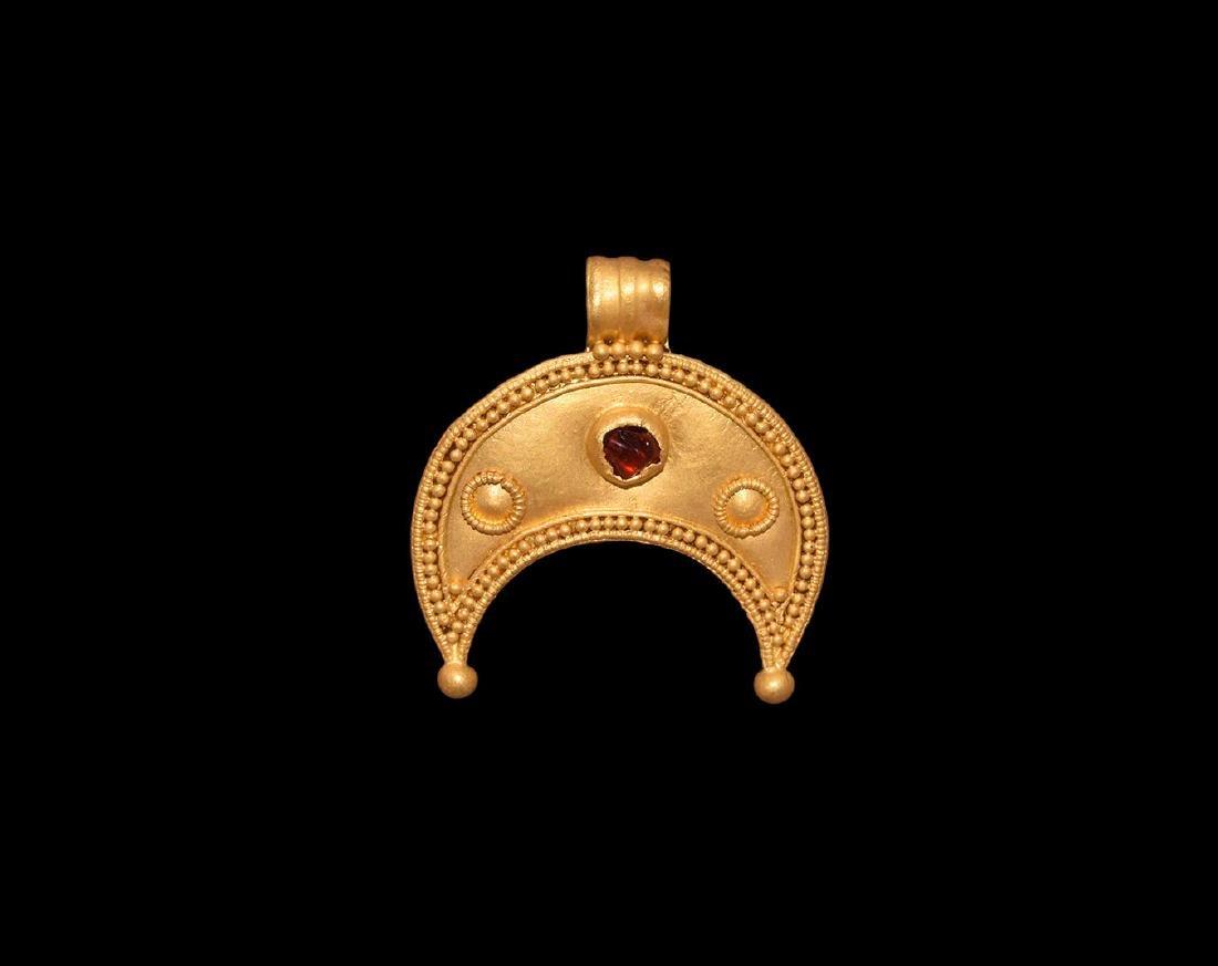 Roman Gold Lunate Pendant