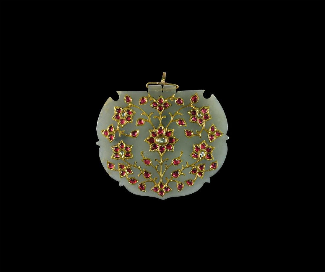 Mughal Jade Pendant Set: Gold, Diamonds, Rubies