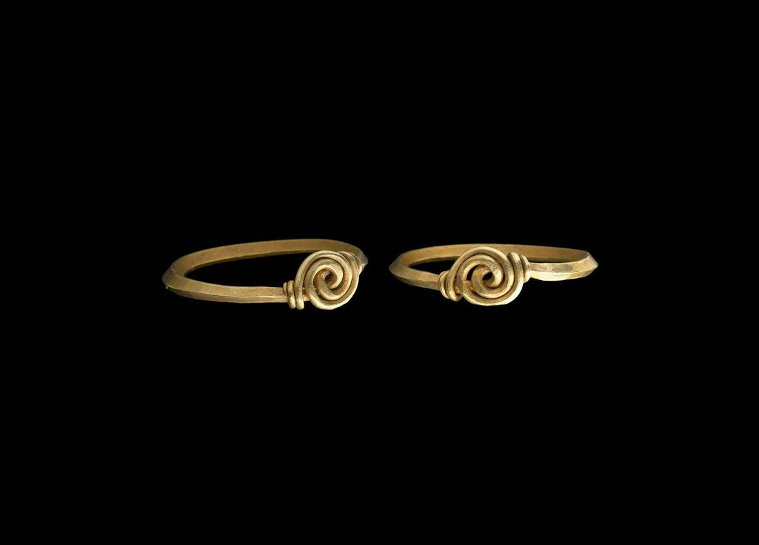 Viking 'The Bulford' Gold Ring with Twisted Bezel
