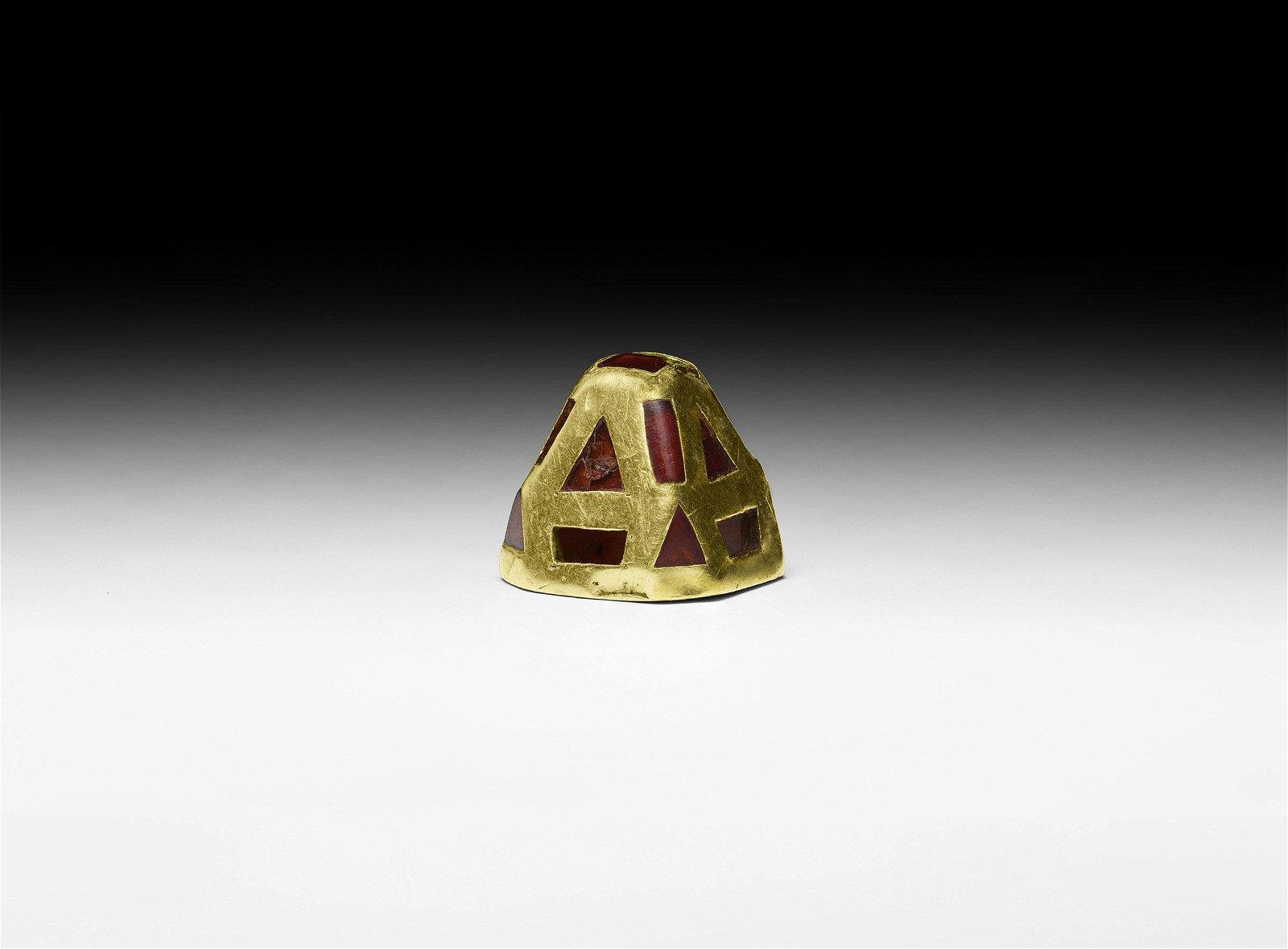 The Thwaite' Gold and Garnet Sword Pyramid