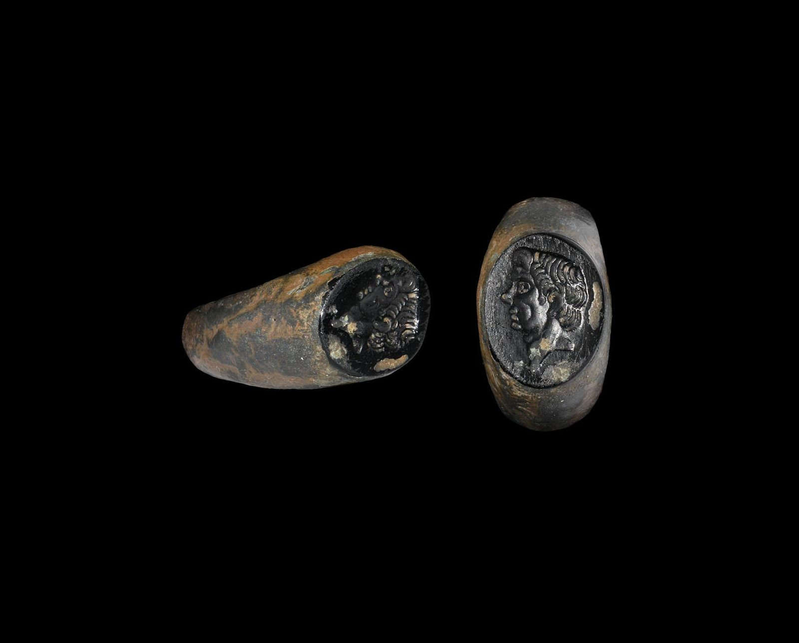 Roman Style Ring with Pompey the Great Gemstone