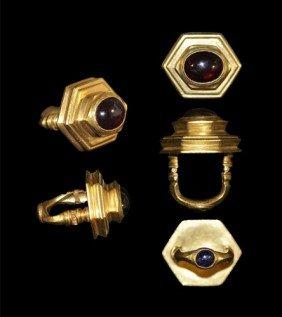 Greek Hellenistic Double Bezel Gold, Garnet and Sapphir