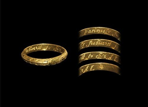 Post Medieval Gold Memorial Ring