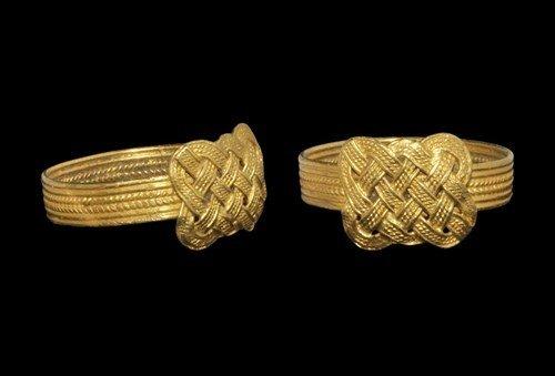 Norman Gold Filigree Finger Ring