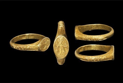 Medieval Gold Saint Catherine Iconographic Finger Ring