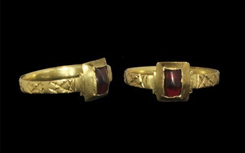 Medieval Gold and Ruby Ring