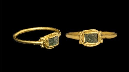 Medieval Gold Ring with Cloison