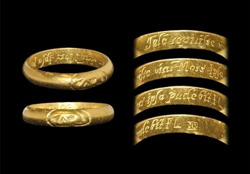 Post Medieval Gold Inscribed Memorial Ring
