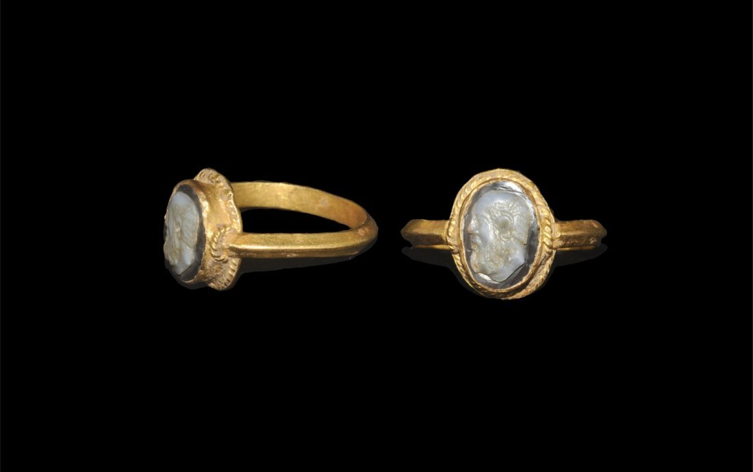 Byzantine Gold and Cameo Ring