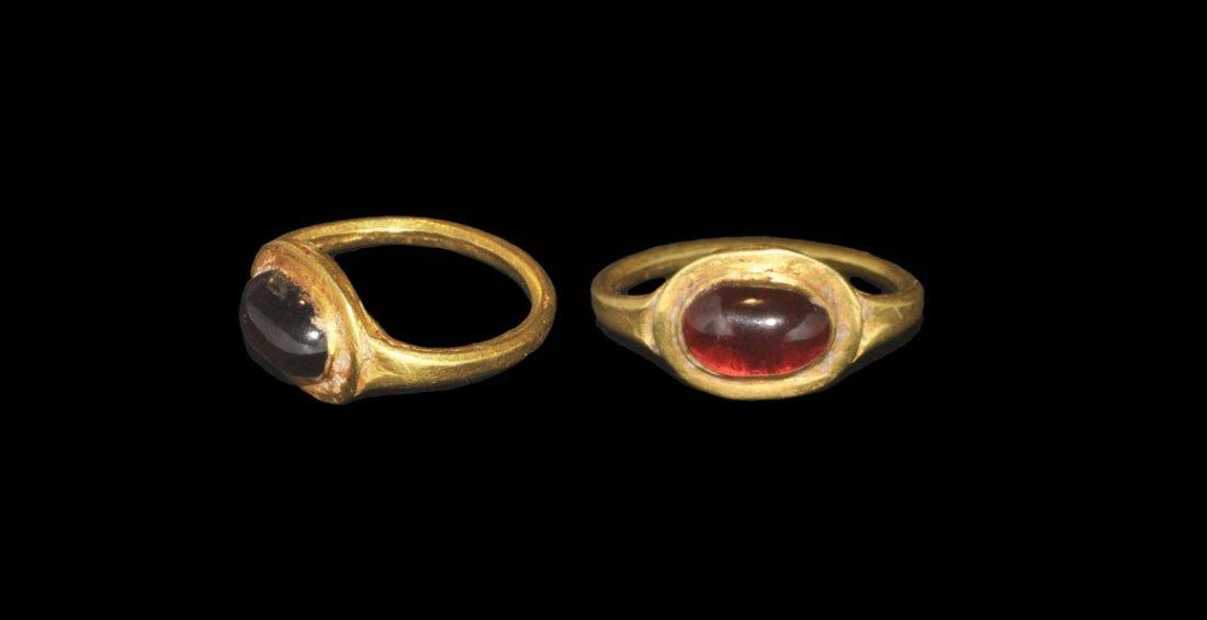 Roman Gold and Cabochon Garnet Ring