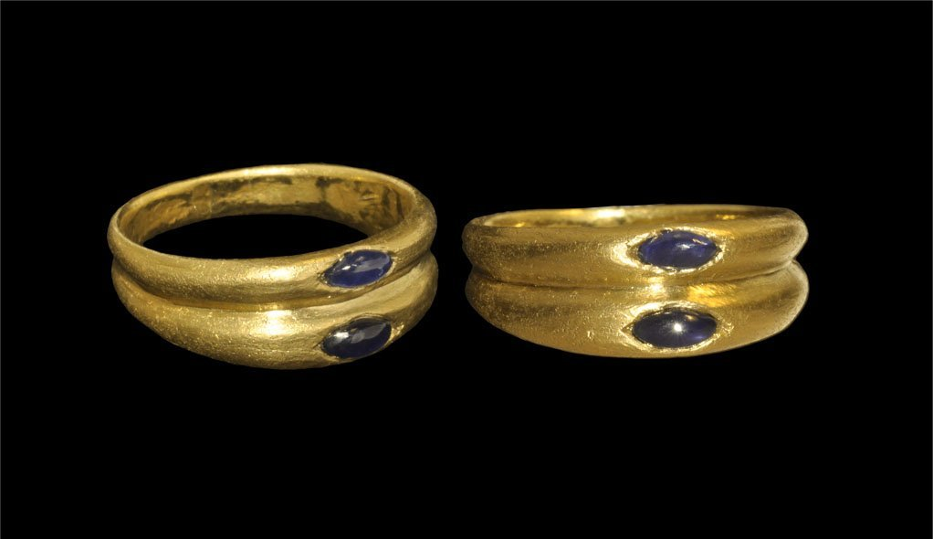 Roman Gold and Sapphire Finger Ring