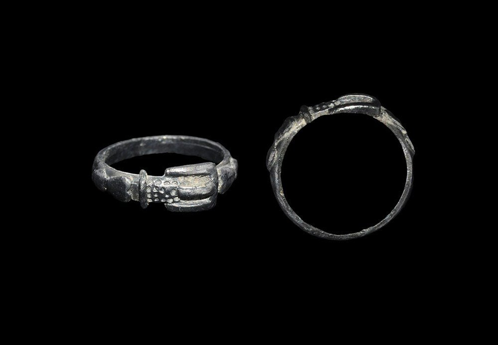 Medieval Silver Belt-and-Buckle Finger Ring