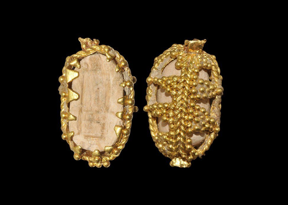 Egyptian Scarab in Original Phoenician Gold Filigree Mo