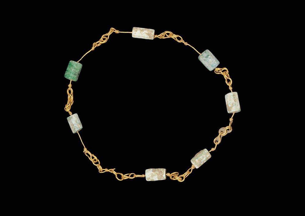 Roman Gold and Faience Chain Bracelet