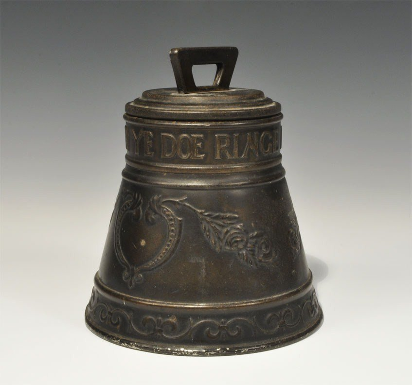 Post Medieval Huntley & Palmers 1912-13 'Bell' Tin