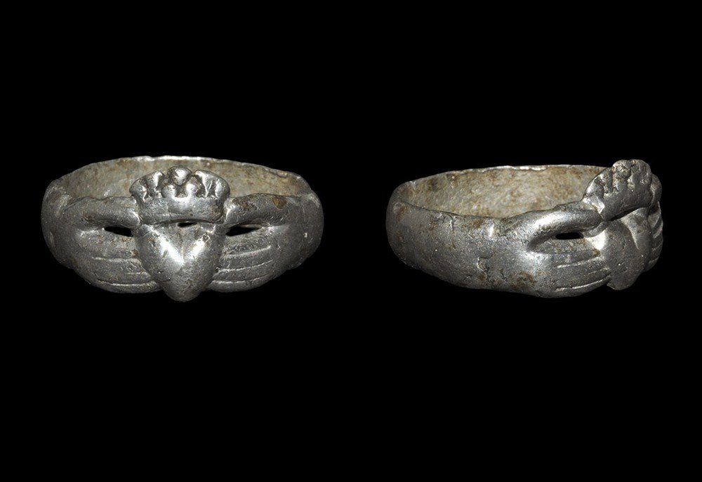 Post Medieval Tudor Silver Clasped Hands and Heart Ring