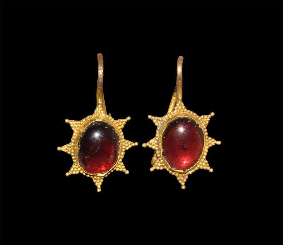 Byzantine Gold and Garnet Earrings