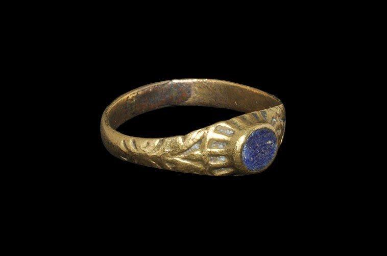 Post Medieval Tudor Gilt-Bronze Ring with Blue Insert