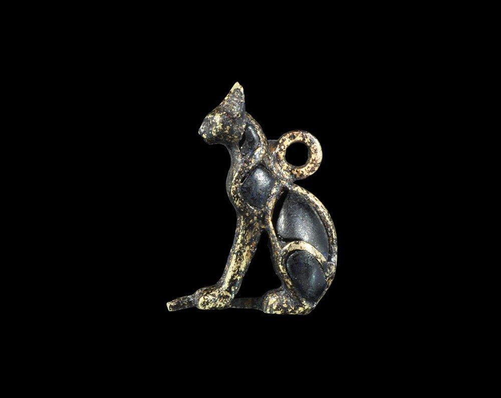 Egyptian Gold Amulet of Sekhmet with Lapis Lazuli