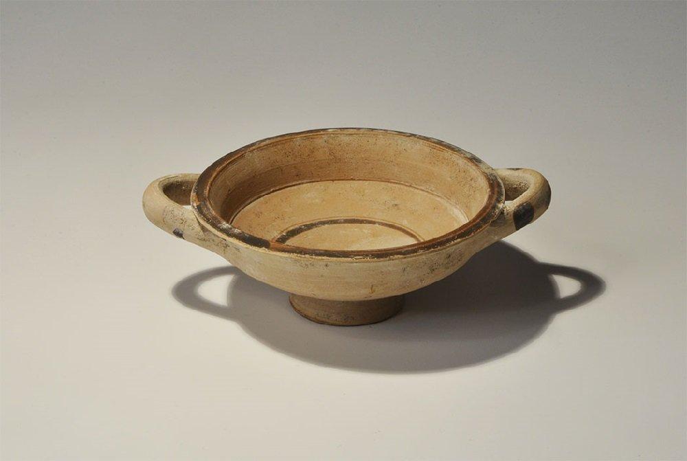Greek Daunian Ceramic Painted Two-Handled Dish