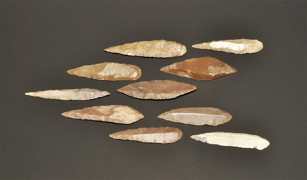Stone Age Diamond- and Leaf-Shaped Knife Blade Group