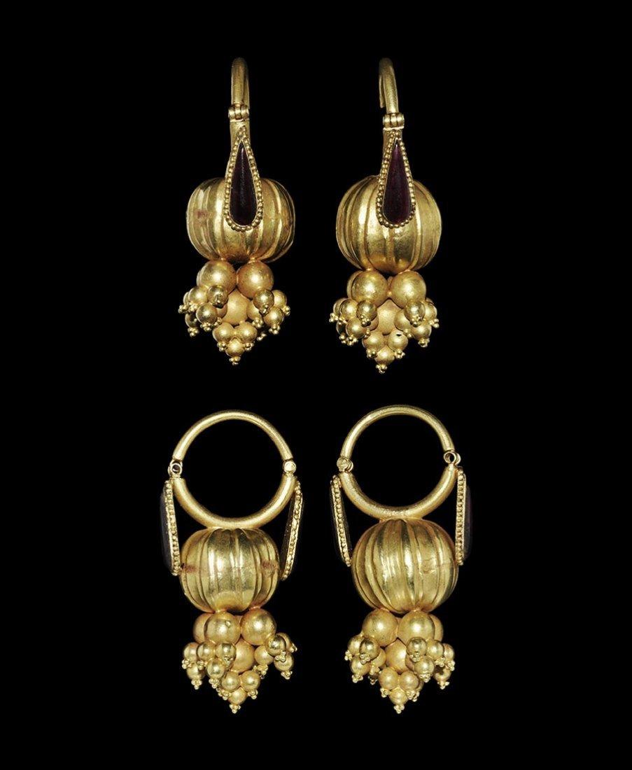Near Eastern Bactrian Style Gold and Garnet Earring
