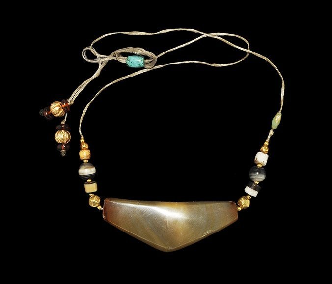 Near Eastern Agate and Gold Bead Necklace