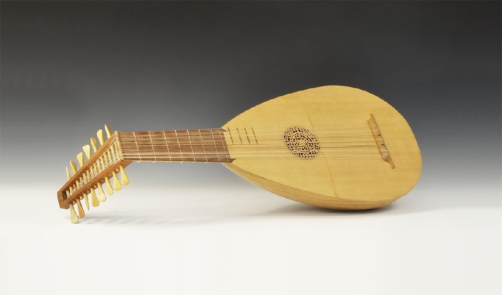 Musical Instruments Continental Style 15-String Lute