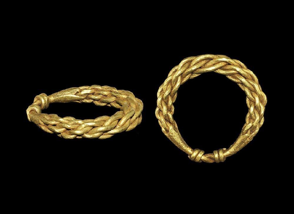 Viking Gold Plaited Finger Ring