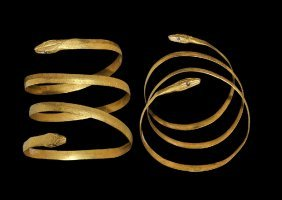 Roman Gold Serpent Bracelet