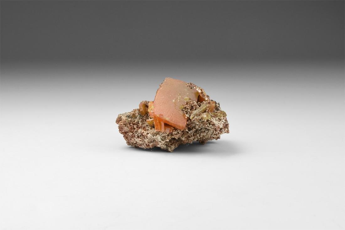 Wulfenite Mineral Specimen.