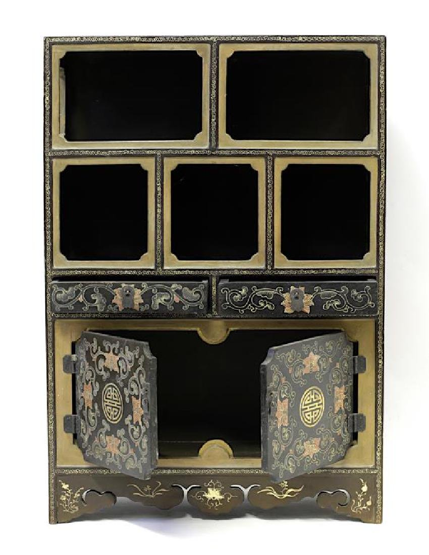 ANTIQUE CHINESE LACQUER DISPLAY CABINET - 2