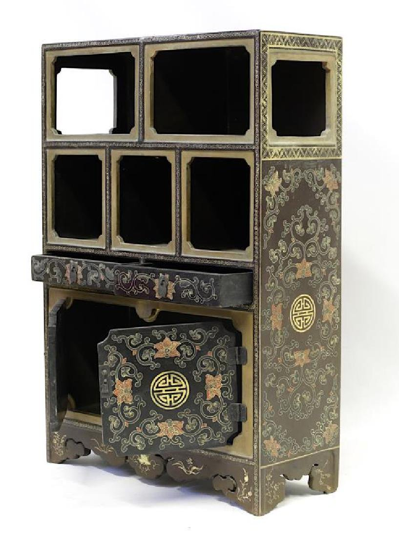 ANTIQUE CHINESE LACQUER DISPLAY CABINET - 3