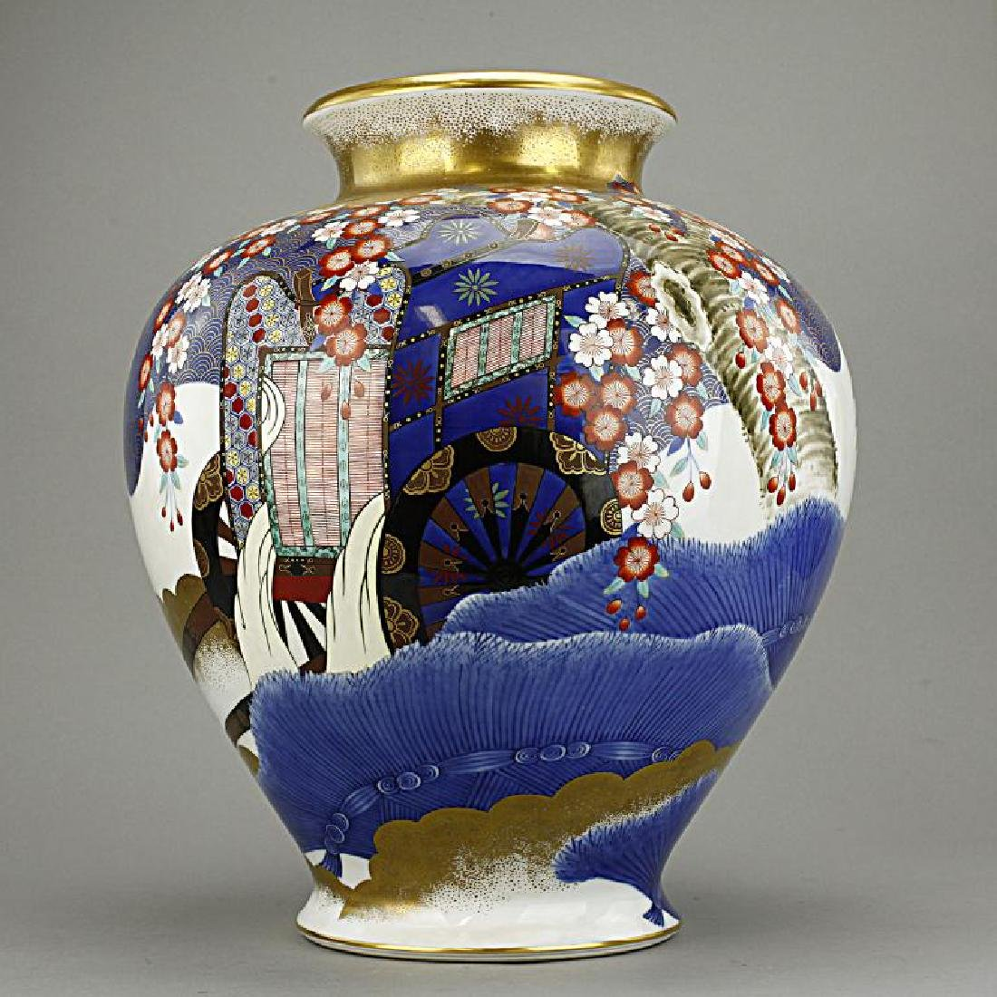 LARGE JAPANESE FUKAGAWA JAR