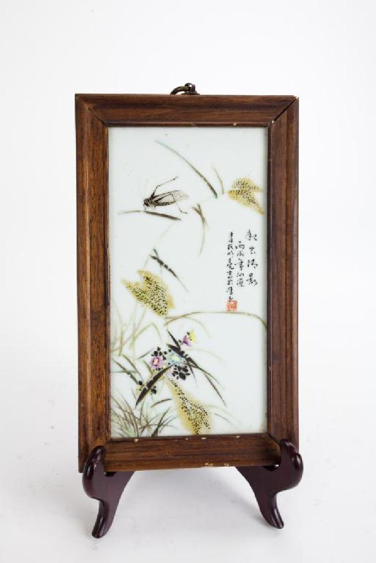 CHINESE FRAMED PORCELAIN PLAQUE OF GRASSHOPPERS