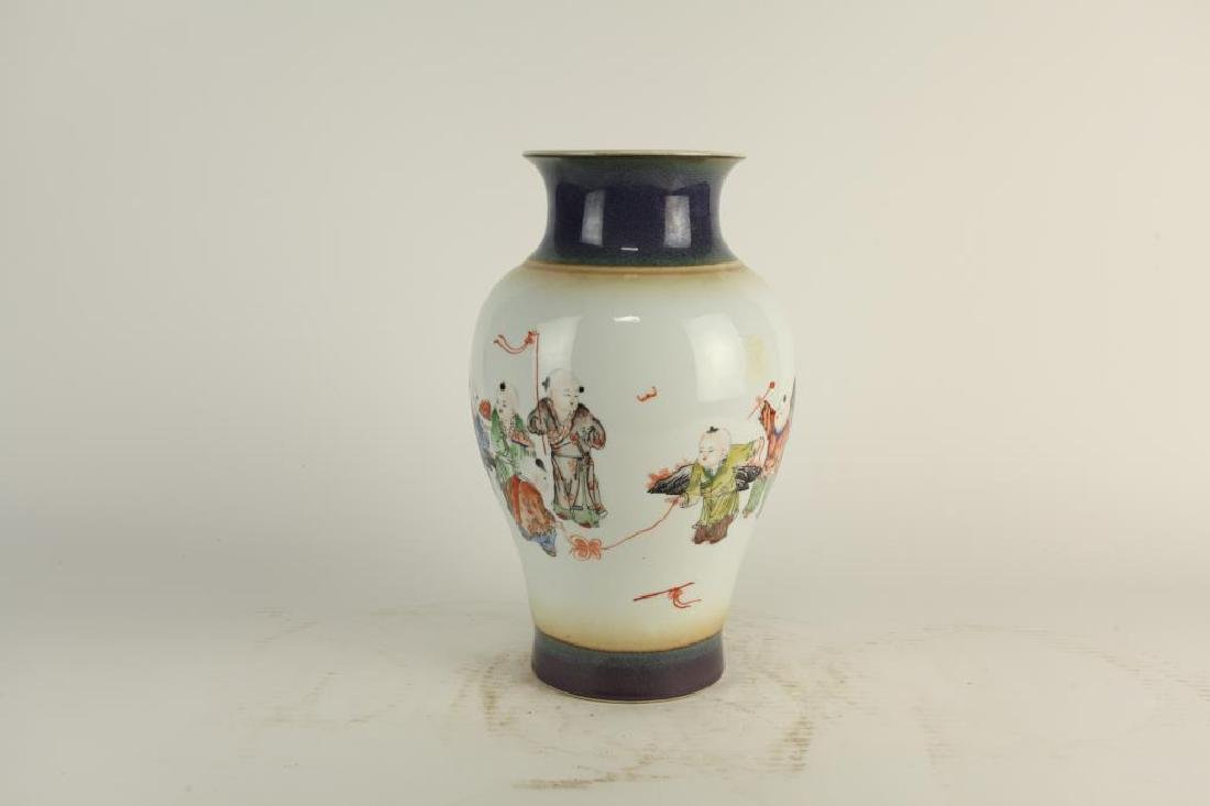 HAND-PAINTED OVOID FORM PORCELAIN VASE