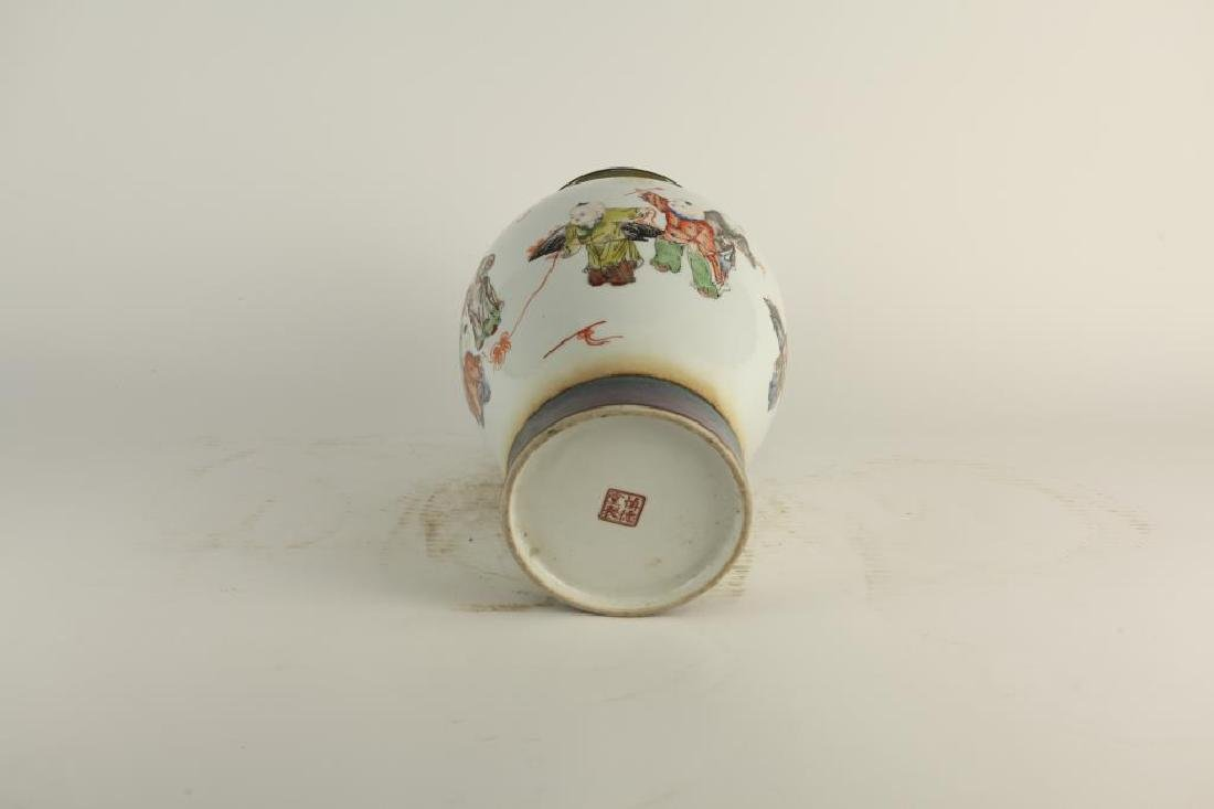 HAND-PAINTED OVOID FORM PORCELAIN VASE - 2