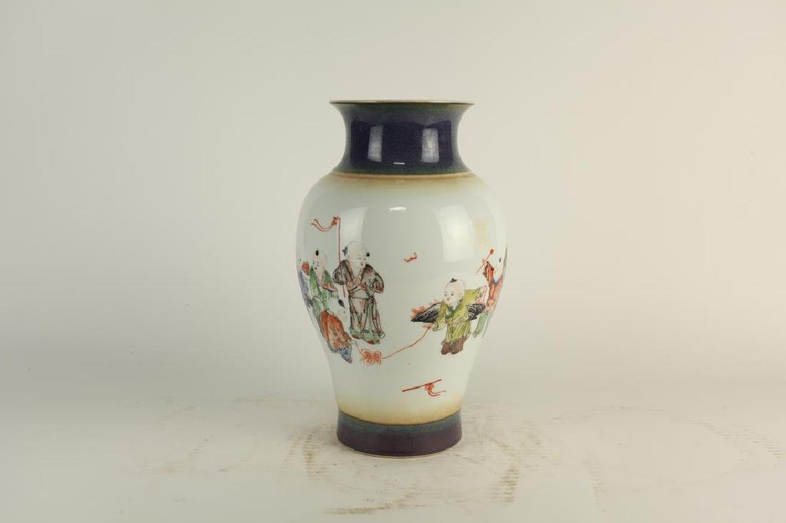 HAND-PAINTED OVOID FORM PORCELAIN VASE - 3