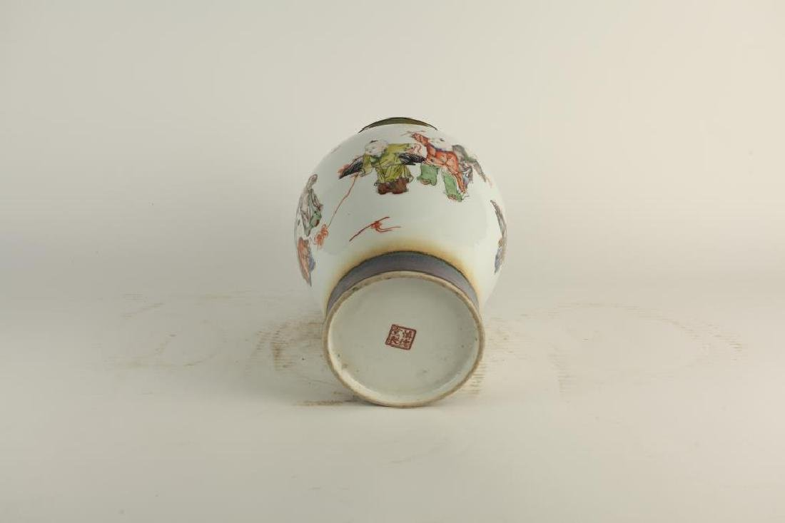 HAND-PAINTED OVOID FORM PORCELAIN VASE - 6